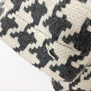 BB Dakota Jackets & Coats - BB Dakota Houndstooth Button Down Jacket Size S